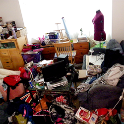 [Messy Rooms Cleaning]