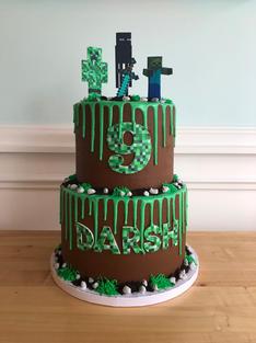 Deluxe Minecraft Cake