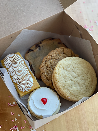 PRE-ORDER: Mother's Day Treat Box