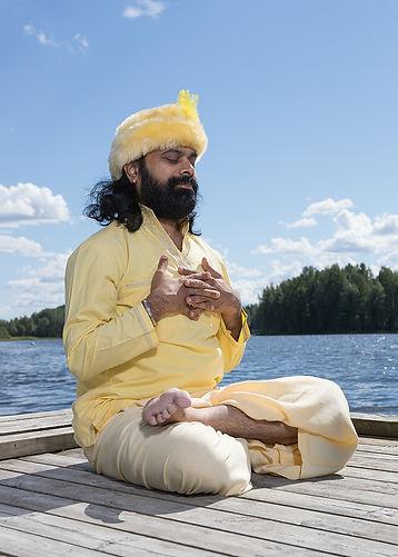 Swami Nispruh Spandan_kuvaaja KekePentti