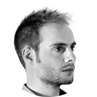 Adrien contesse designer graphique portrait