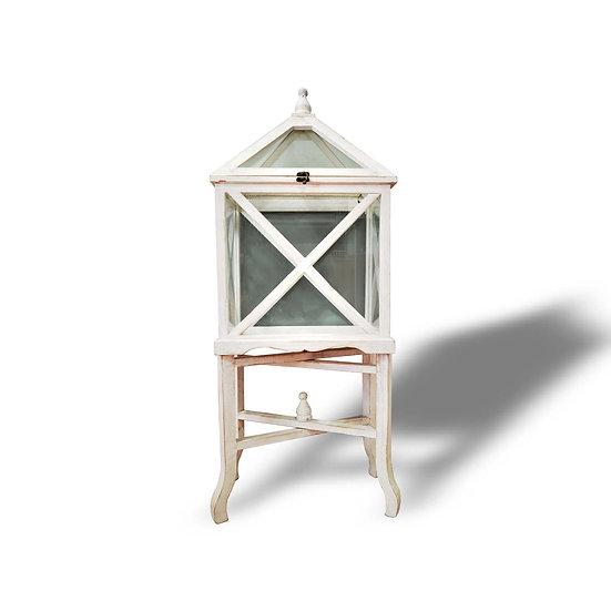 Lanterna in legno e vetro con base