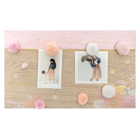 Cornice portafoto in legno con ponpon in 2 colori