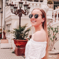 @janinemzffm-Influencer-beim-MaxPlus-Management