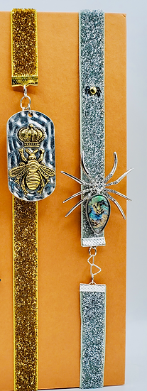 2 Elastic Band Bookmarks: Queen Bee & Silver Spider Glittered