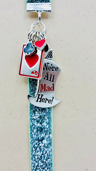 Alice In Wonderland Charms Elastic Bookmark: We're All Mad Here & Cards Gift