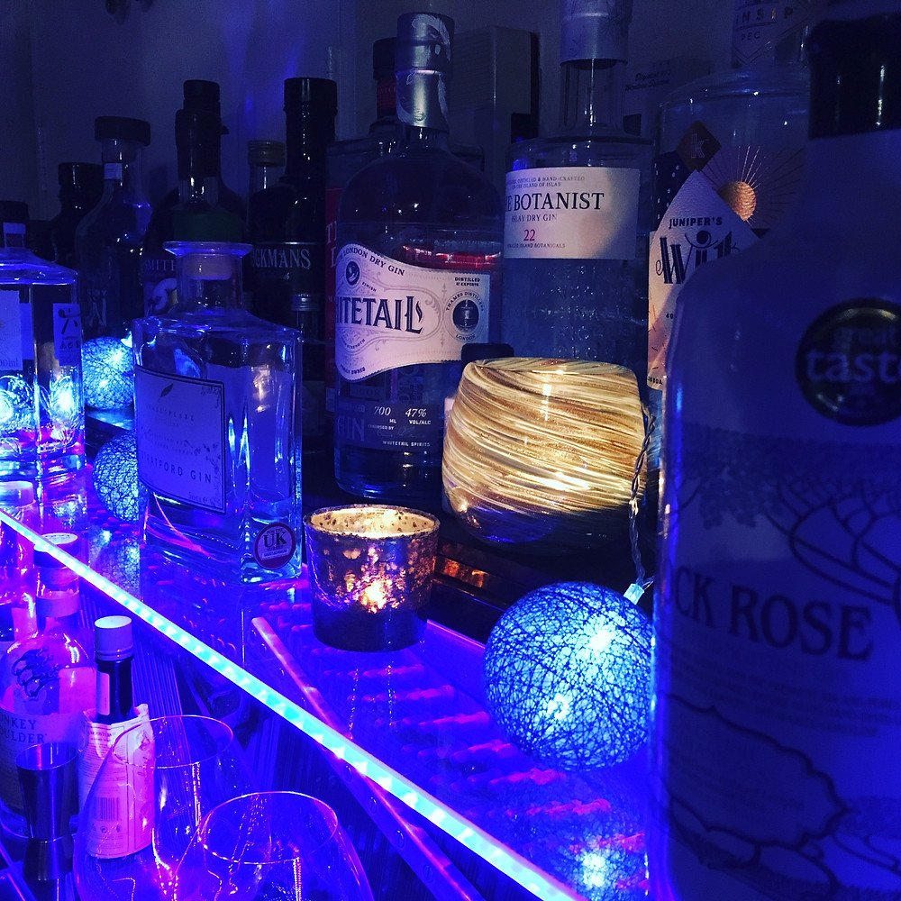 Bar drinks, gins and spirits