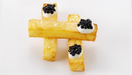 Caviar and chips wedding canapés