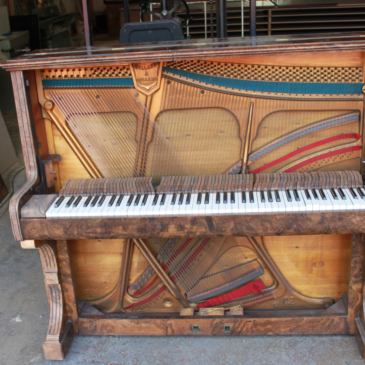 Piano bar transformation