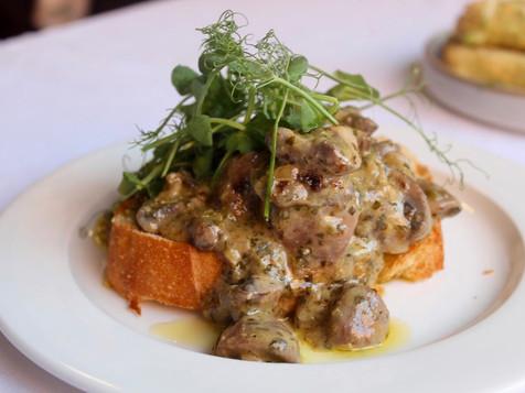 Garlic Mushrooms starter course.JPG