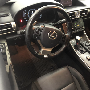2016 Lexus is250