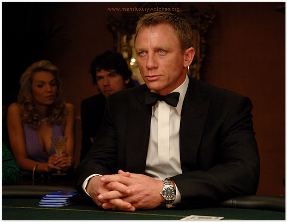 Daniel Craig used the Omega watch in Casino Royale movie