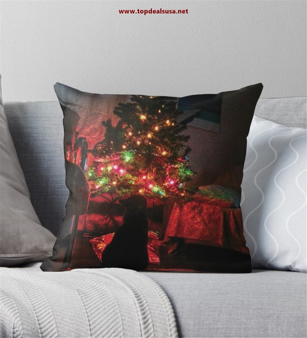 Amazing Christmas Tree & Black Bat Throw