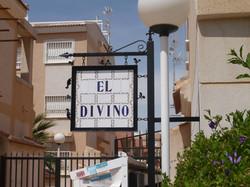 Entrance on Calle Isla Tabarca