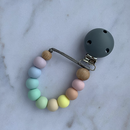 Mama Knows - Soother Clip (Various Colours)