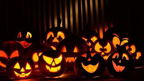 santas-village-halloween-spooktacular.jpg