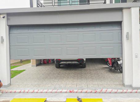 มาแล้วงานติดตั้ง ประตูโรงรถสวยๆๆครับ (garage door)  เพื่อปกป้องรถคุณ ให้ปลอดภัย