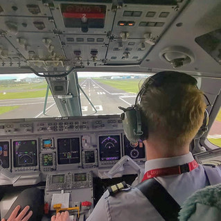 VGS OFFICER TO AIRLINE FIRST OFFICER