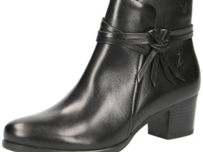 Caprice all leather black ankle boot