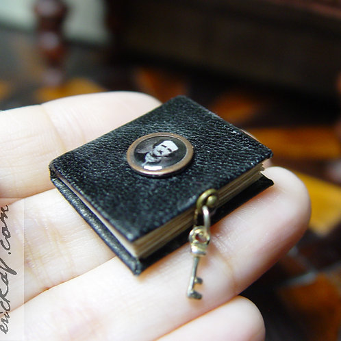 Miniature Readable Edgar Allan Poe The Raven Book