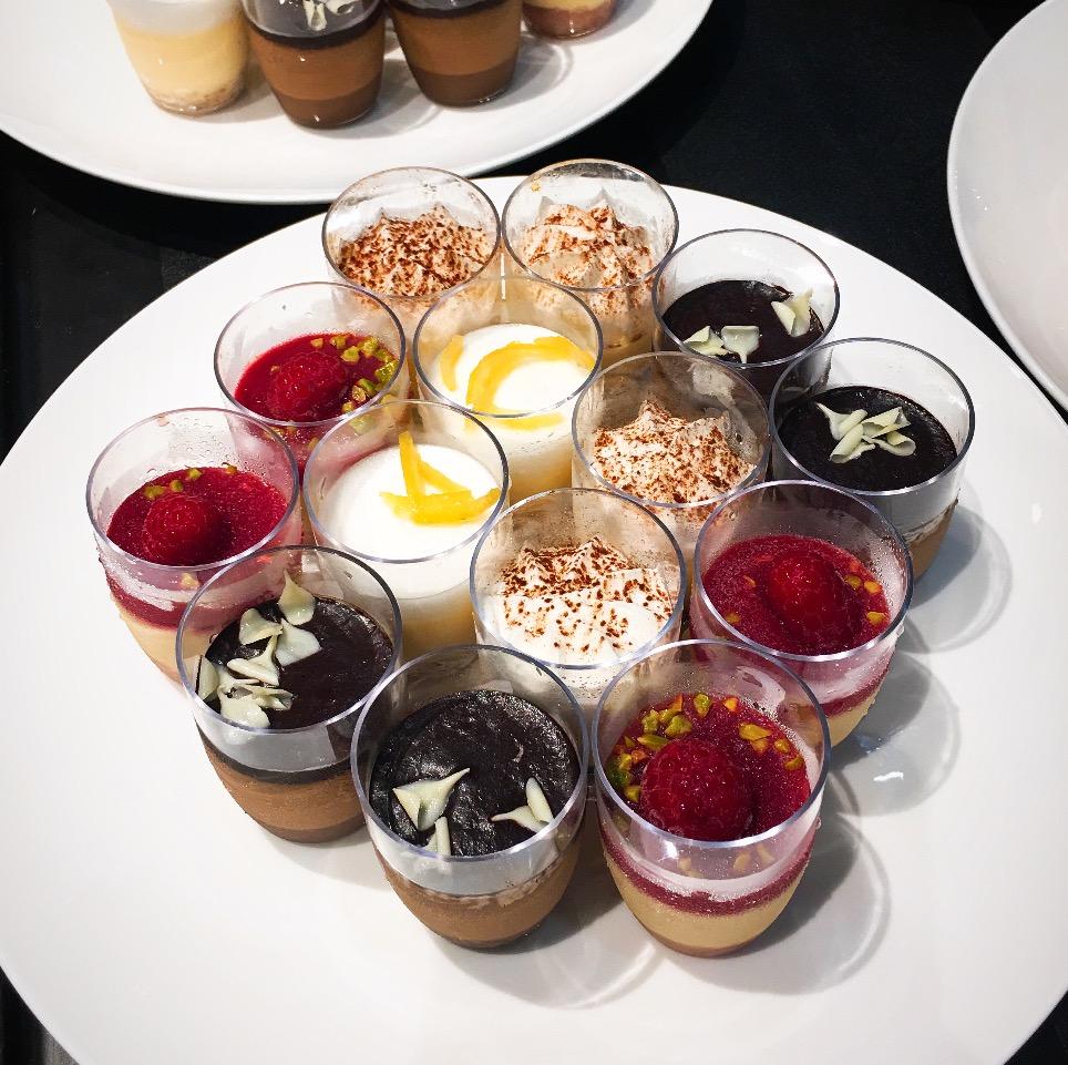 大學高桌晚宴 - 法式甜品杯