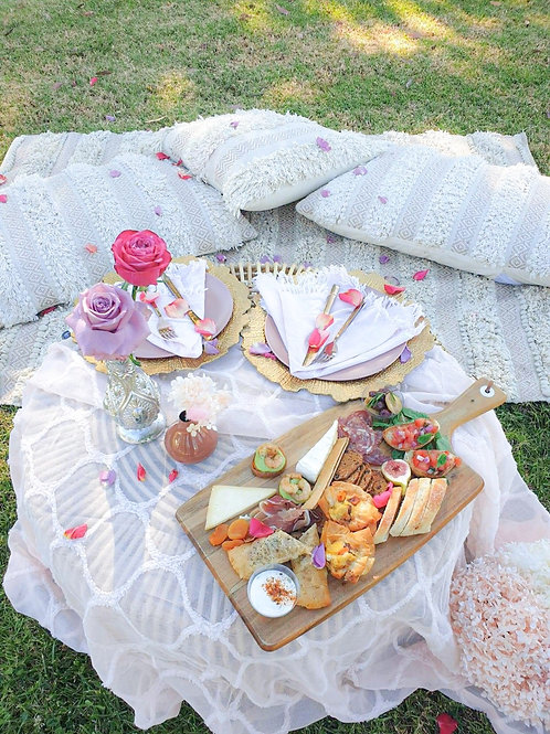 Celebrate the day of hearts with picnics in the park