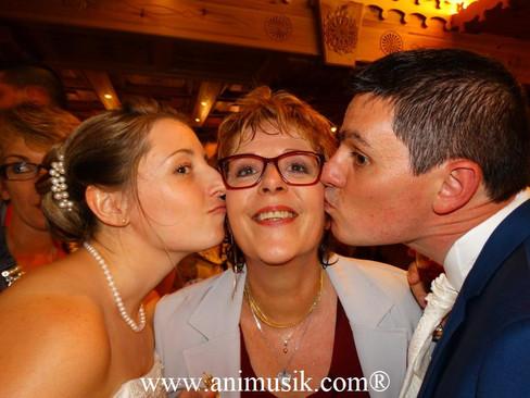Mariage de Jessy & Jonathan Hôtel « Aiguille du Midi » Chamonix (face au Glacier des Bossons) Sa