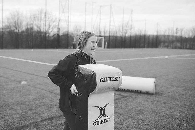 ollie_ali_england_rugby_female_social_%2