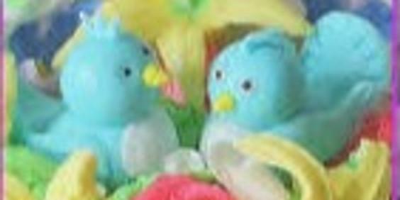 Spring Nesting Birds Sugar Art