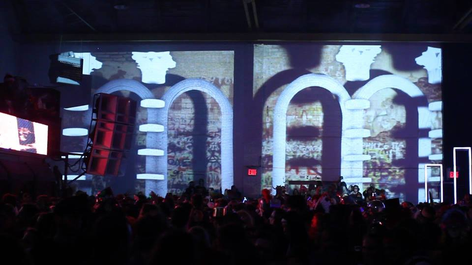robot heart video mapping.jpg
