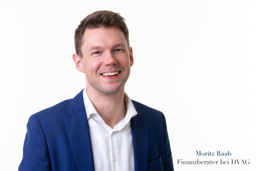 Finanzberater-Moritz-Raab-.jpg