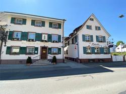 Gasthaus zum Adler & Spatz Frontansicht