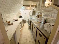 Blick in die kleine Küche vom Spatz
