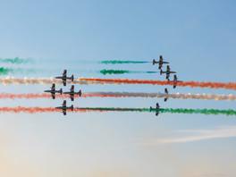 L'Italia riparte e l'Aeronautica Militare torna a volare col 60° Anniversario delle Frecce Tricolori