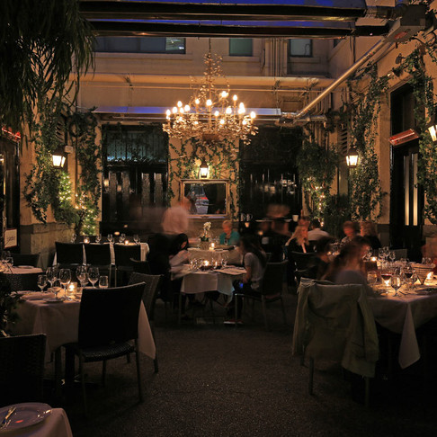 6 Romantic Date Night Restaurants in Vancouver