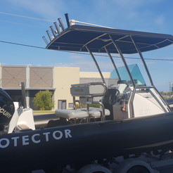 Protector RIB with custom made t-top and 6 rod holders