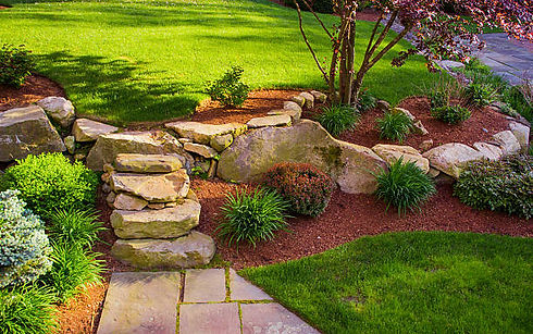 Sideview Landscaping Lawn 1.jpg