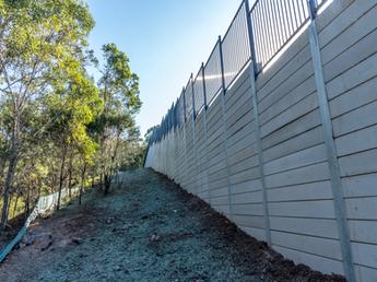 2.8-3.0m Plain Grey Concrete Sleeper Wall