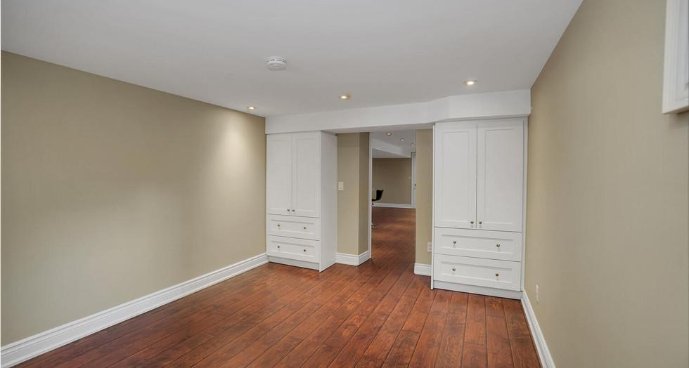 15 Basement Bedroom.jpg