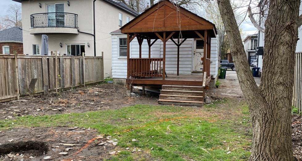 7 Backyard Patio.JPG