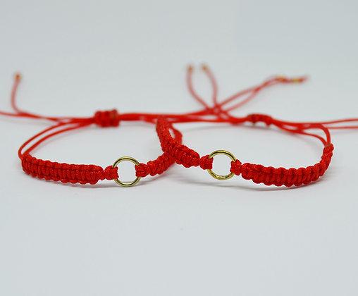 Par de brazaletes Hilo Rojo