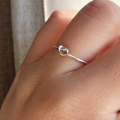 Skinny Knot Ring