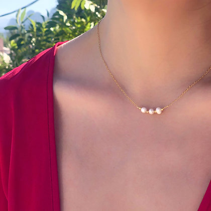Triple Perla Necklace