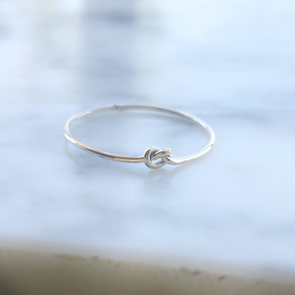 Skinny knot ring Plata .925