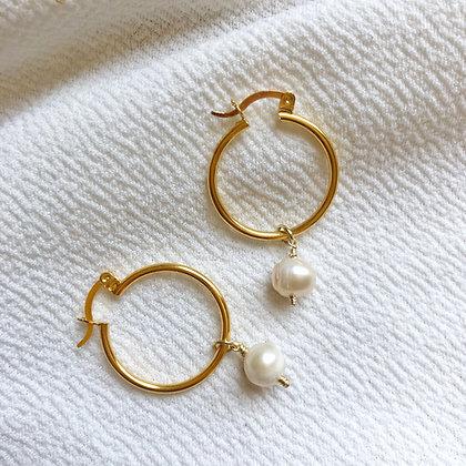 One Pearl Hoops