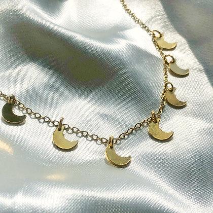 Half Moon Choker