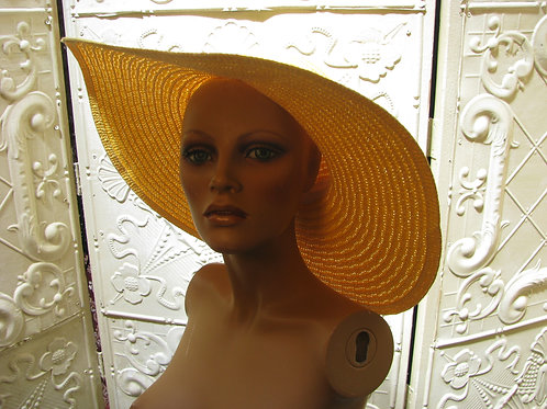 Large Floppy Yellow Sunhat With Accent Flower