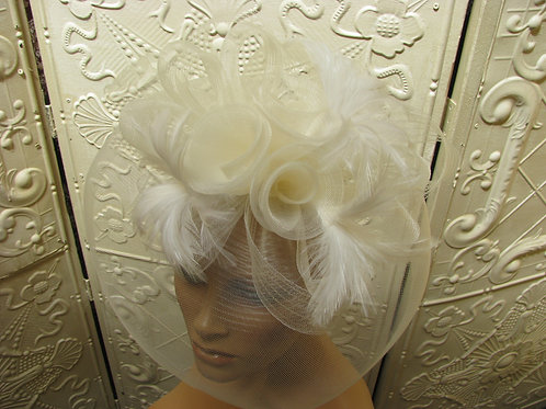 Derby Ivory Style Glamour Fascinator Brings the Drama