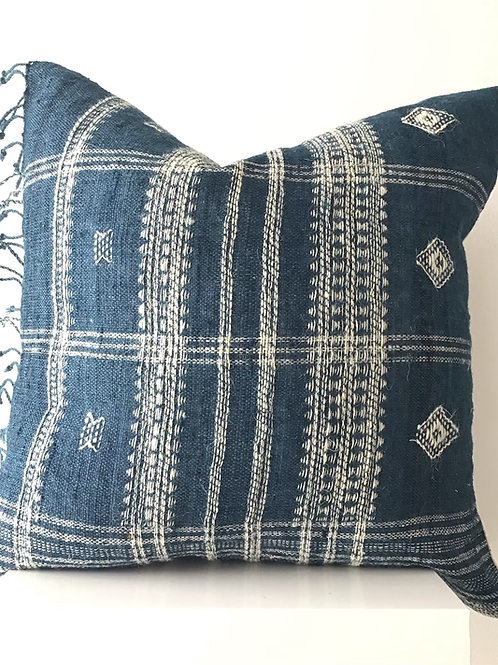 Chavin Pillow (Blue)