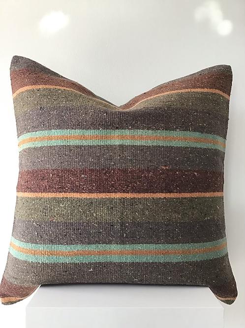 Kilim pillow 9
